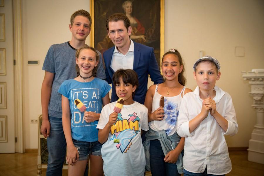 Die Grazer KinderbürgermeisterInnen und ihre Vize beim Bundeskanzler