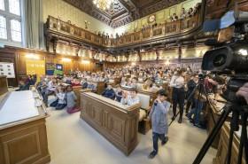 KinderParlamentswahl im Gemeinderatssitzungsaal des Grazer Rathauses