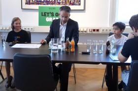 © Kinderbüro  Bei der Pressekonferenz mit Stadtrat Kurt Hohensinner